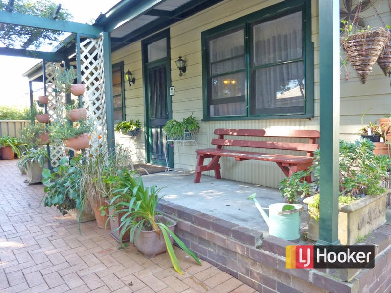 17 Castlereagh Street, Riverstone, NSW 2765