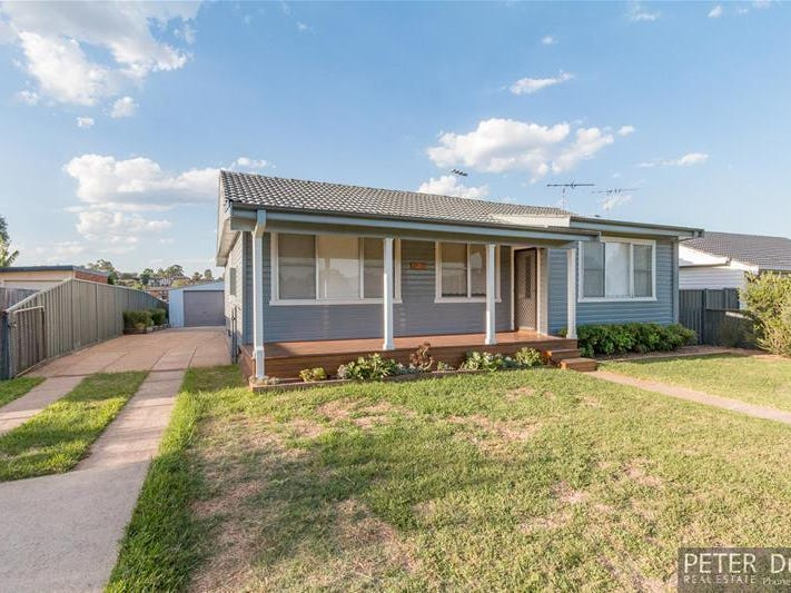 28 Lawson Avenue, Singleton, NSW 2330