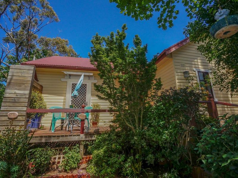 8 Boronia Road, Bullaburra, NSW 2784