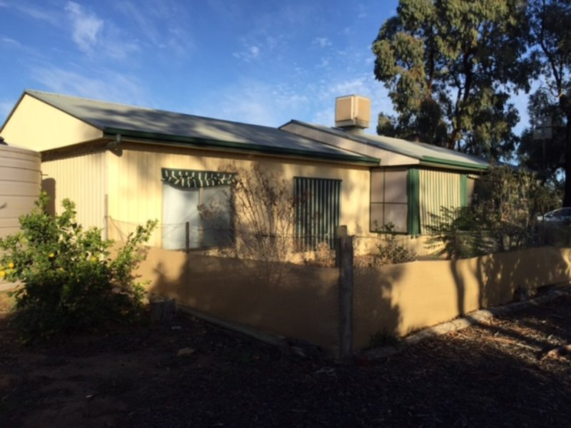 15 Cannings Road, Tullakool, NSW 2732