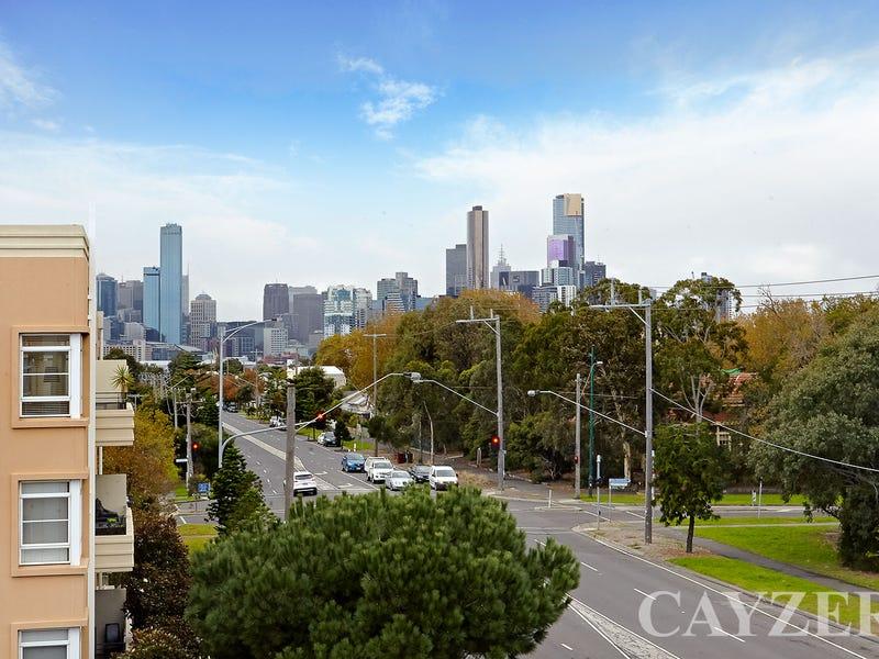 10/1 Seisman Place, Port Melbourne, Vic 3207