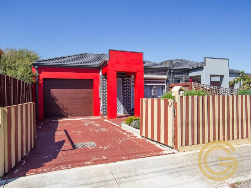 1/25 Grace Street, Melton South, Vic 3338