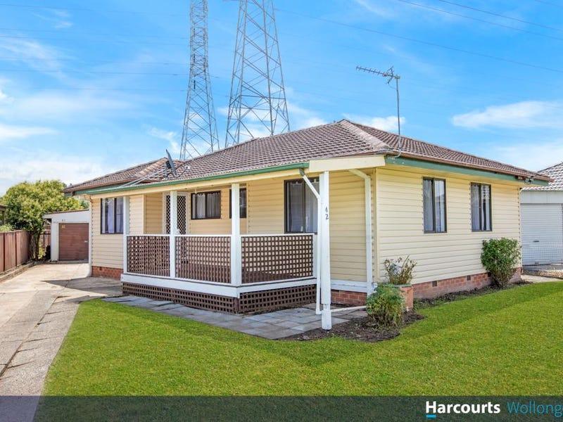 42 Eleebana Crescent, Koonawarra, NSW 2530