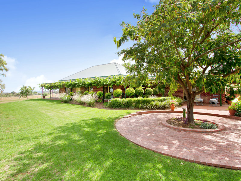 324 Bournes Lane, Tamworth, NSW 2340