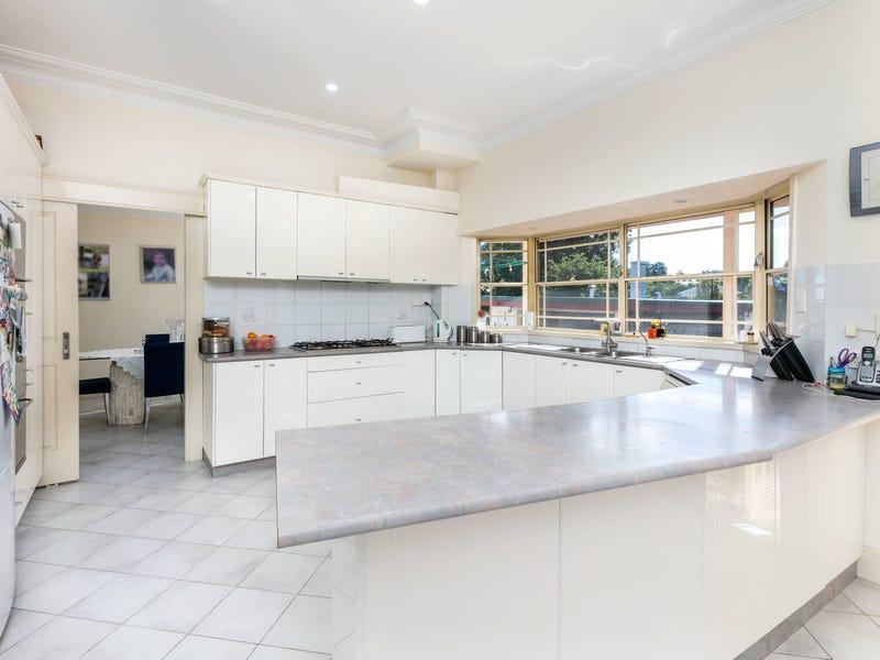28 Rawson Road, Greenacre, NSW 2190