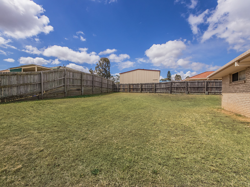 3 ELLIE COURT, Yamanto, Qld 4305
