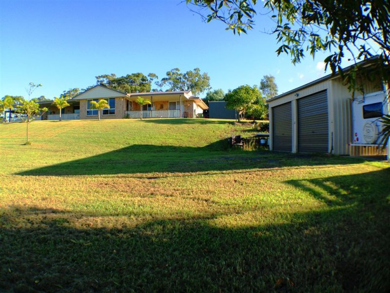 18 Hitching Rail Drive, Tanby, Qld 4703