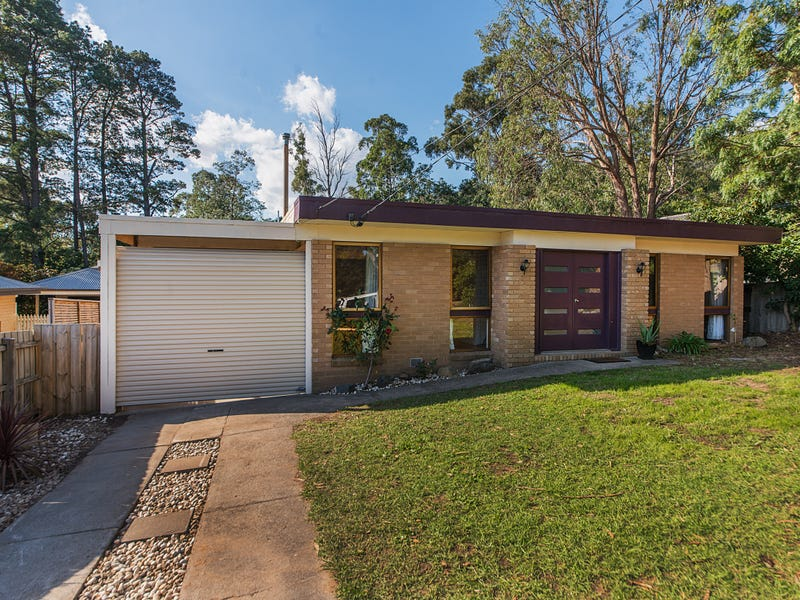 15 Chestnut Avenue, Ferntree Gully, Vic 3156