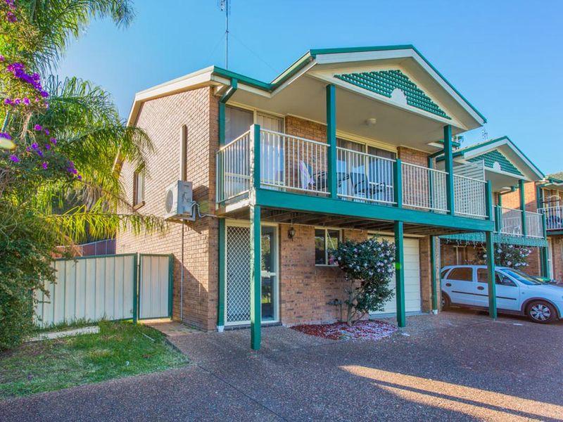 4/34 Bimbadeen Close, Belmont North, NSW 2280