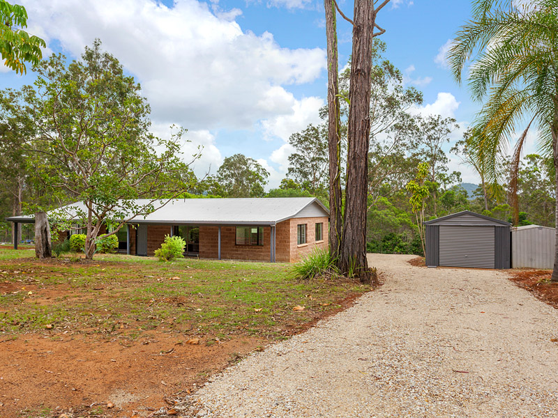 5  Arborfifteen Road, Glenwood, Qld 4570