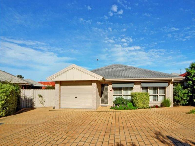 1/25 Sullivan Street, Worrigee, NSW 2540