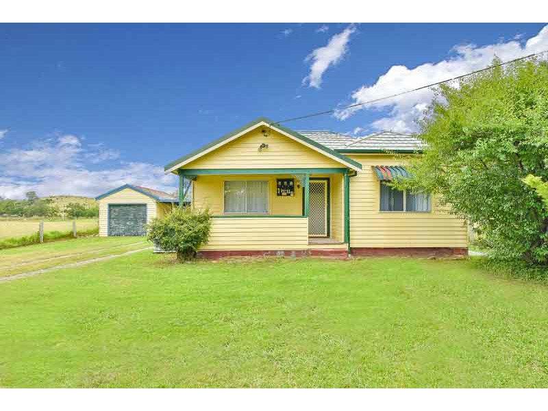 15 Spring Creek Road, Mount Hunter, NSW 2570