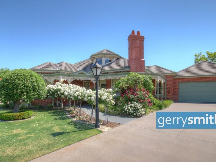 1 Dixon Court, Horsham, Vic 3400
