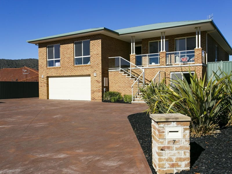 7 Annand Place, Queanbeyan, NSW 2620