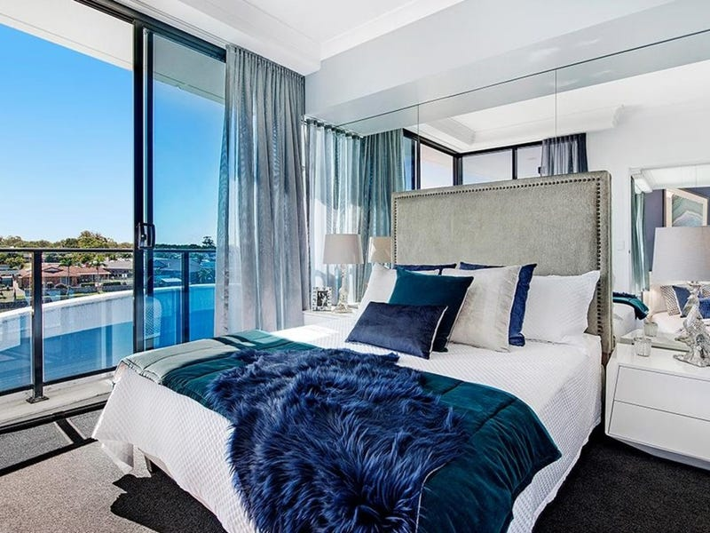3108/5 Harbour Side Court, Biggera Waters, Qld 4216