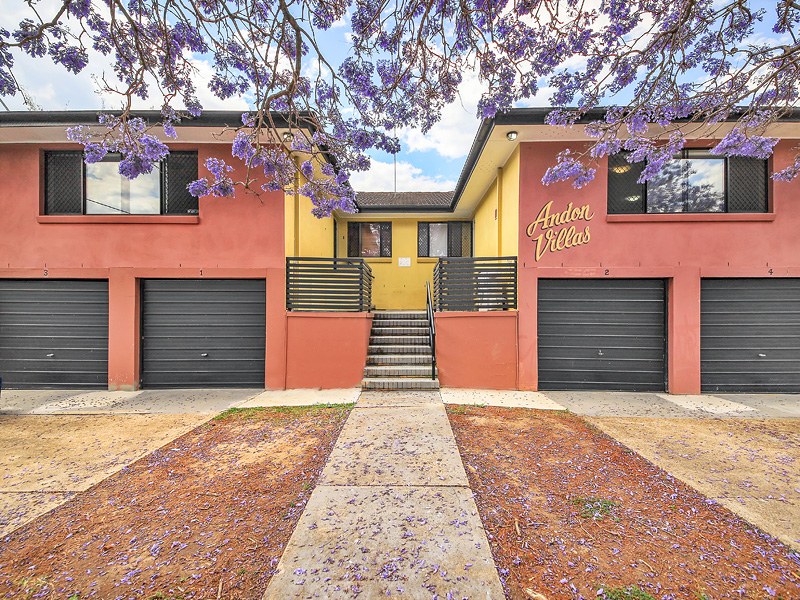 2/30 Cavillon Street, Holland Park, Qld 4121