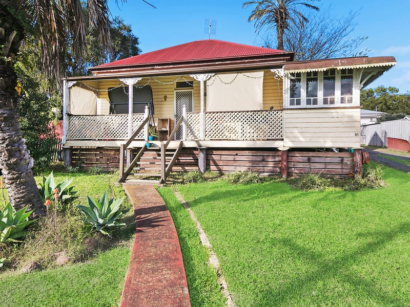 16 Gordon Street, North Toowoomba, Qld 4350