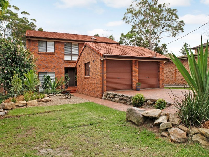 99 St George Cres, Sandy Point, NSW 2172