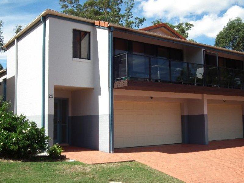 25/26 Hilltop Parkway, Tallwoods Village, NSW 2430