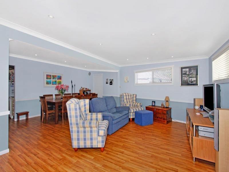 131 Elsiemer Street, Toowoon Bay, NSW 2261