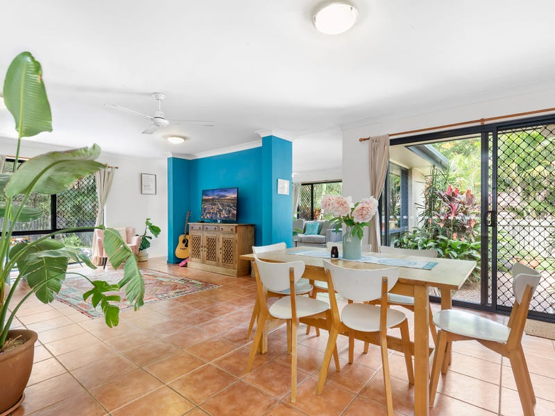 25 Gallery Place, Little Mountain, Qld 4551