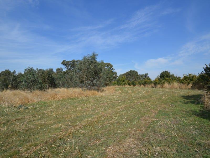 468 Porteous Road, Wareek, Vic 3465