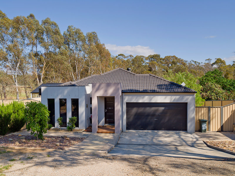 15 Station Street, Harcourt, Vic 3453