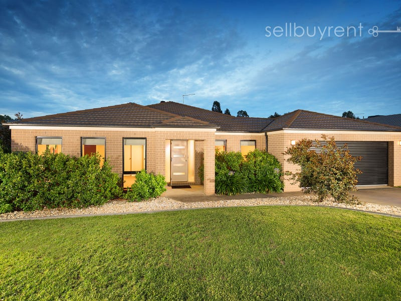 12 WHITELEY CIRCUIT, Baranduda, Vic 3691