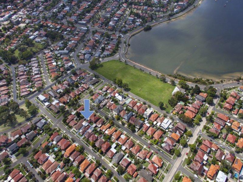 36 Duchess Avenue, Rodd Point, NSW 2046