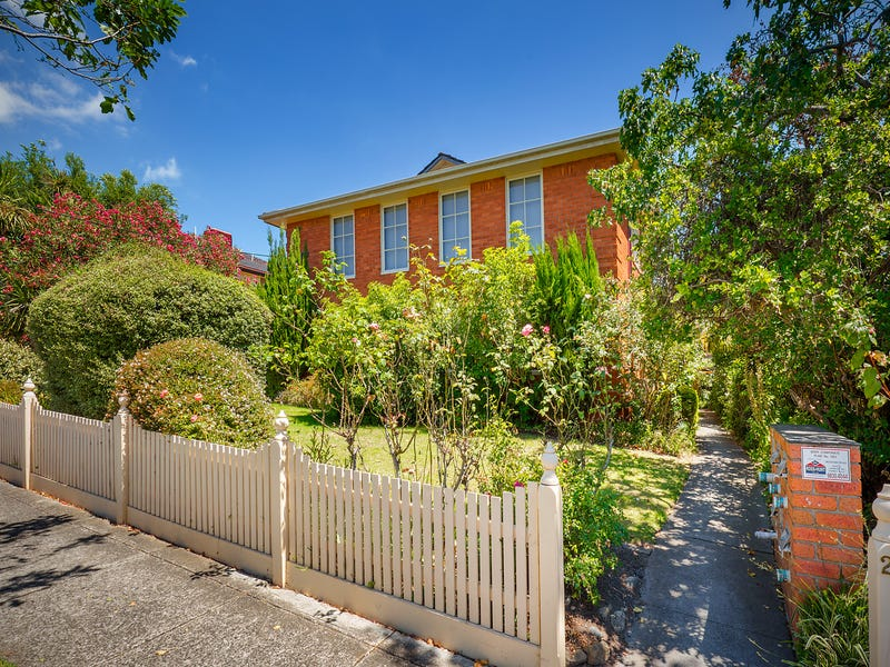 2/27 Pakington Street, Kew, Vic 3101