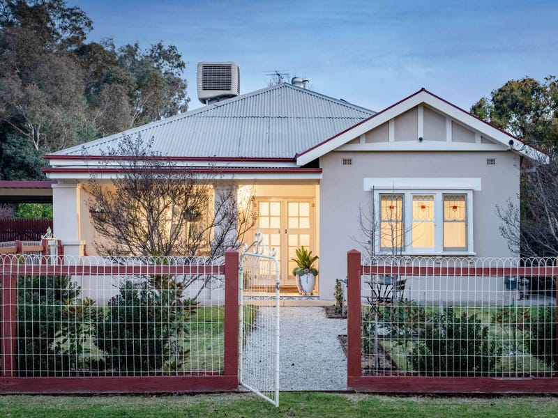 225 Alexandra Street, East Albury, NSW 2640