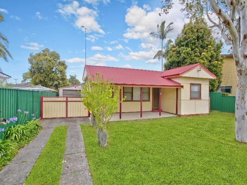 23 Moloki Avenue, Chittaway Bay, NSW 2261