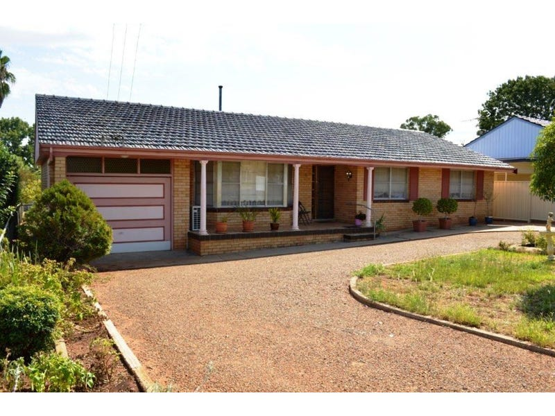 8 Marcia Street, Gunnedah, NSW 2380