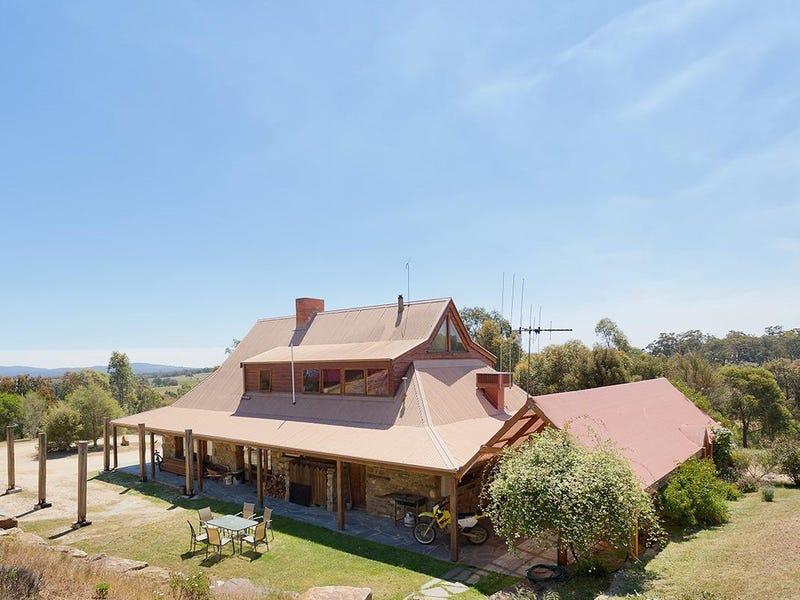 473 Whitegum Road, Barkers Creek, Vic 3451