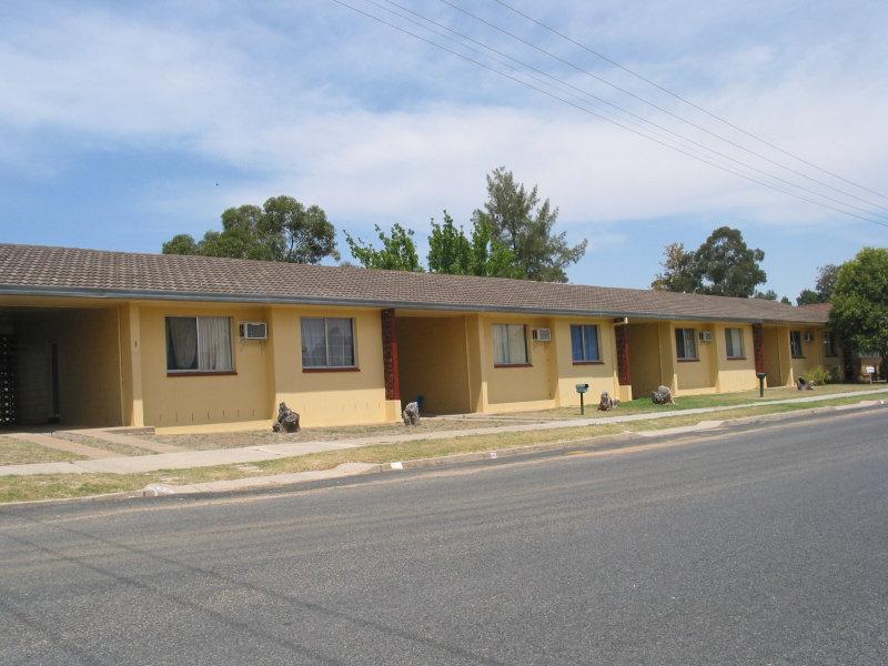 37 DARLING AVENUE, Cowra, NSW 2794