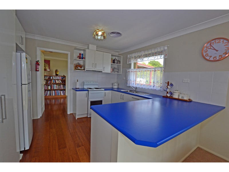 1-3 Swan Street, Robertson, NSW 2577