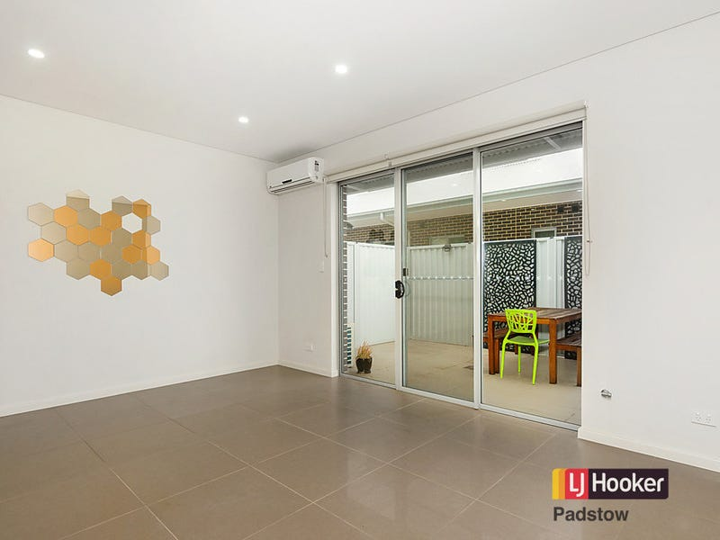 2/144 Alma Road, Padstow, NSW 2211