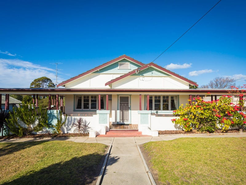 12 Bass Street, Eden, NSW 2551