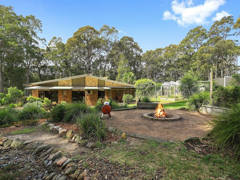 3 Stapleton Street, Falls Creek, NSW 2540
