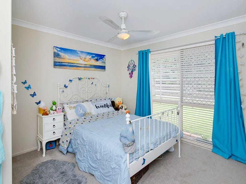 2/27 Cambridge Street, Silkstone, Qld 4304