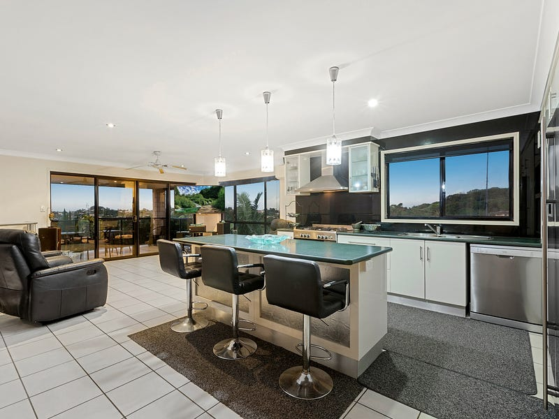 26 Tyrone Terrace, Banora Point, NSW 2486