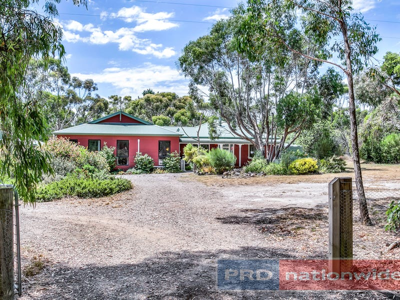 120 Skeltons Road, Lal Lal, Vic 3352