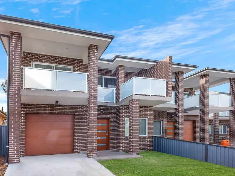 2/2-4 Rawson Road, Greenacre, NSW 2190