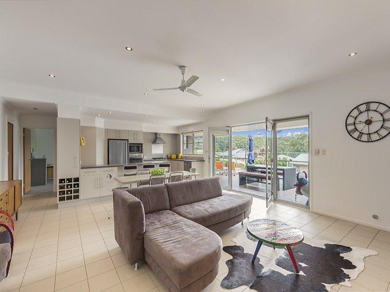 9 Clifford Close, Mollymook Beach, NSW 2539