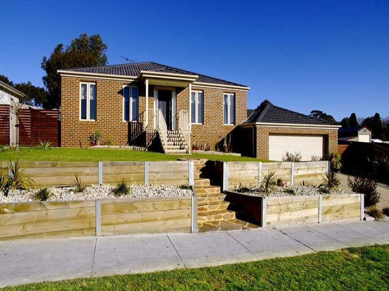 4 Glengarry Court, Drysdale, Vic 3222