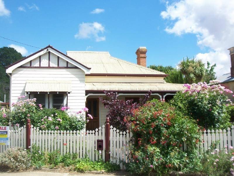 69 Parker Street, Cootamundra, NSW 2590