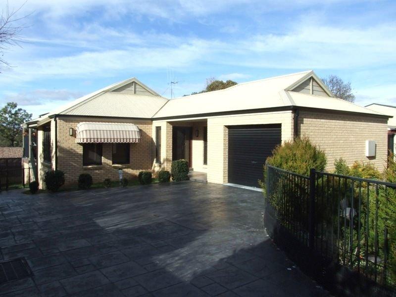 2/80 Molong Road, Orange, NSW 2800