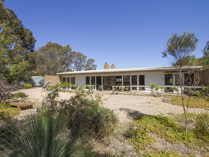 245 Lake Victoria Road, Eagle Point, Vic 3878