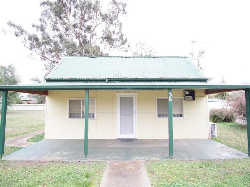 36 Langham Street, Ganmain, NSW 2702