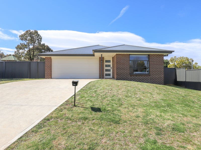 16A Blenheim Avenue, Oberon, NSW 2787